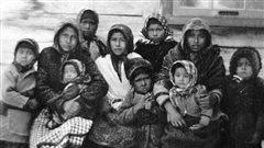 Enfants autochtones, Rivière Saint-Maurice - 1900