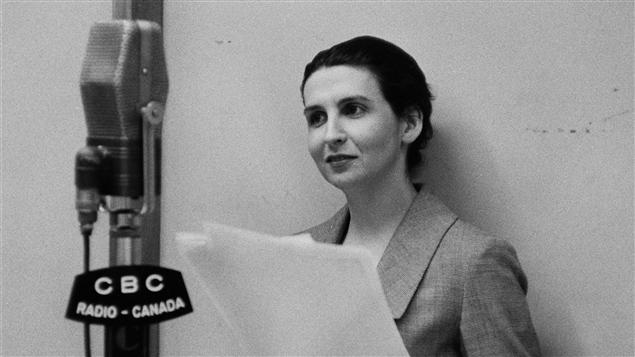 La comédienne Hélène Loiselle, en 1959. © Radio-Canada