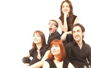 Les flûtistes du quintette : Marie-Laurence Primeau, Vincent Lauzer, Caroline Tremblay, Alexa Raine-Wright, Jean-Michel Leduc