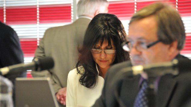 La mairesse de Laval mise en demeure par des promoteurs immobiliers