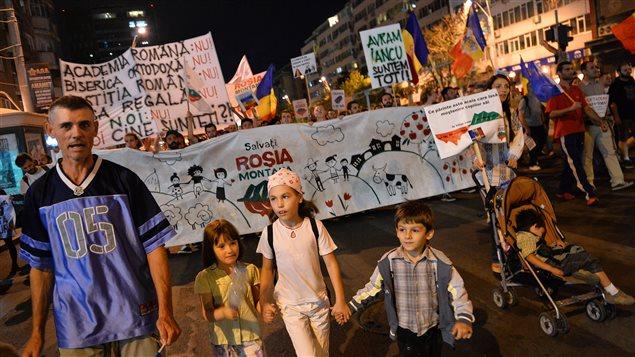 Manifestation à Bucarest contre un projet de mine d'or