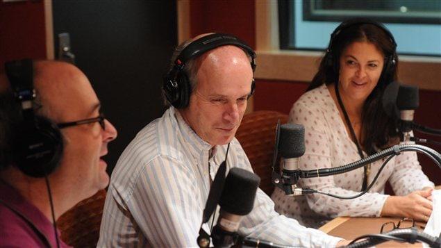 Michel C. Auger, André Dufresne et Tamara Altéresco dans le studio de Pierre Brassard