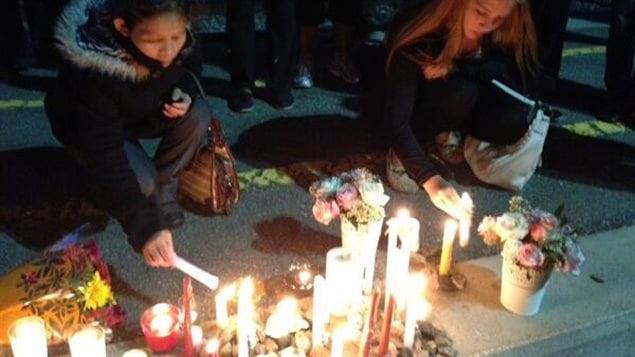 Veillée à la chandelle à la mémoire des victimes de l'accident à Ottawa