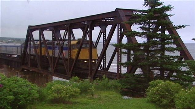 Train passager en Gaspésie