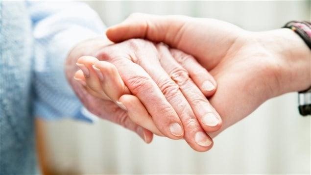 Les centres de jour offrent des services aux aînés pour protéger leurs acquis.