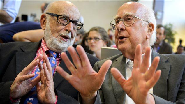 Les physiciens François Englert et Peter Higgs
