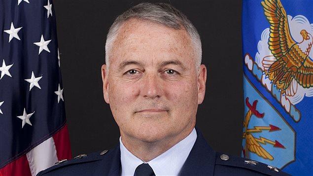 Le général Michael Carey