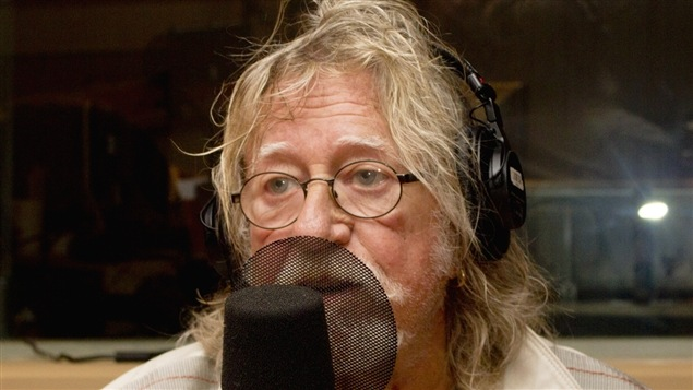 Le chanteur, animateur et peintre Tex Lecor.