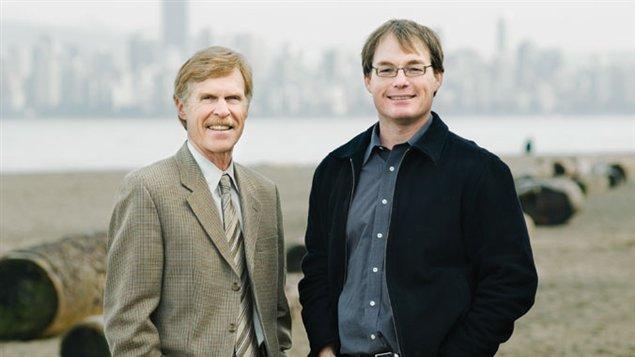 Rob VanWynsberghe à droite en compagnie d'un de ses collègue à l'Univesité de la Colombie-Britannique.