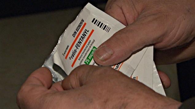 Le Fentanyl est prescrit sous forme de timbre transdermique à ceux qui souffrent d'un cancer ou de douleurs très intenses.