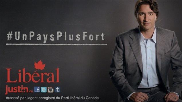 Dans ses publicités, le chef libéral, Justin Trudeau, ne mentionne pas le nom de Stephen Harper.