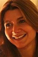 الممثلة والاكتبة والمخرجة اللبنانية بيتي توتل