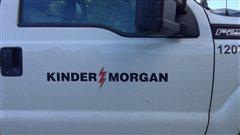 La porte d'une camionnette de Kinder Morgan