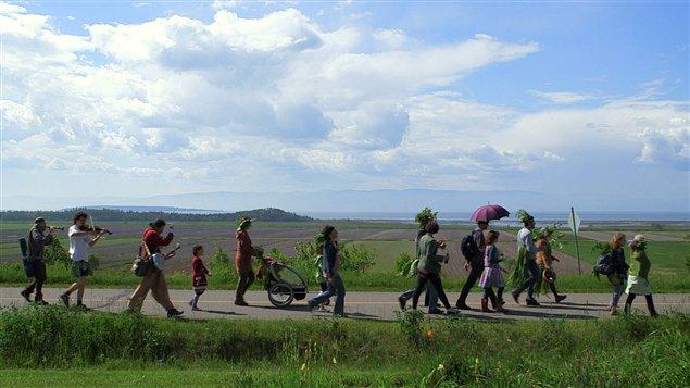 La parade des haricots, extrait du documentaire Le Semeur de Julie Perron