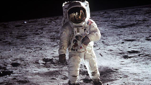 L'astronaute Neil Armstrong sur la lune le 21 juillet 1969