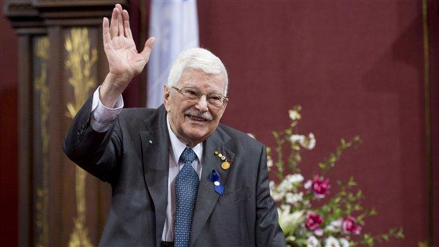 Paul Gérin-Lajoie reçoit le prix Georges-Émile-Lapalme 2013