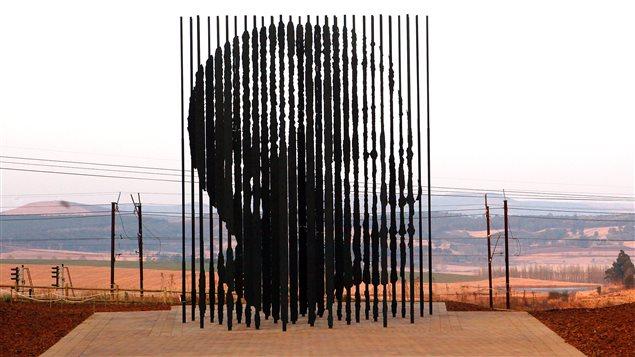 Une sculpture à l'image de Nelson Mandela à Howick, en Afrique du Sud.
