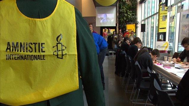 Amnistie internationale a organisé son Marathon d'écriture à Montréal pour soutenir notamment les prisonniers politiques, samedi