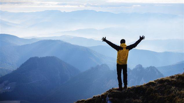 Un homme a réussi à atteindre un sommet