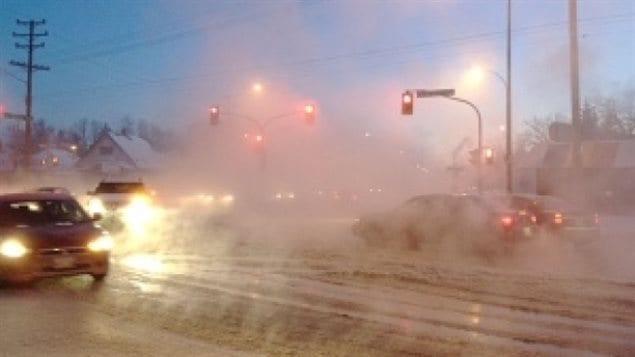 Winnipeg au Manitoba au coin de l'avenue Fermor et du chemin St.Mary.