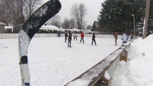Des patinoires en pi tre tat gatineau et ottawa ici for Patinoir exterieur montreal