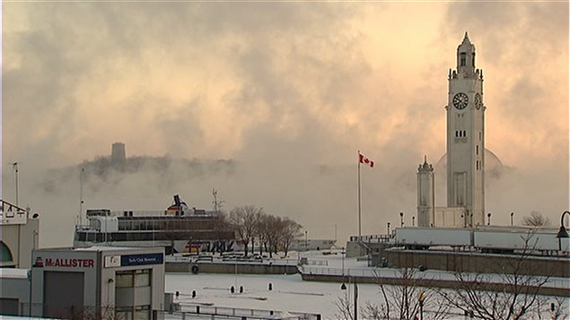 Le Vieux-Port de Montréal sous l'effet en ce moment d'une vague d'air venue de l'Arctique.