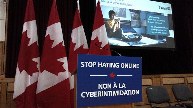 Ottawa veut lutter contre l'intimidation et la cyberintimidation