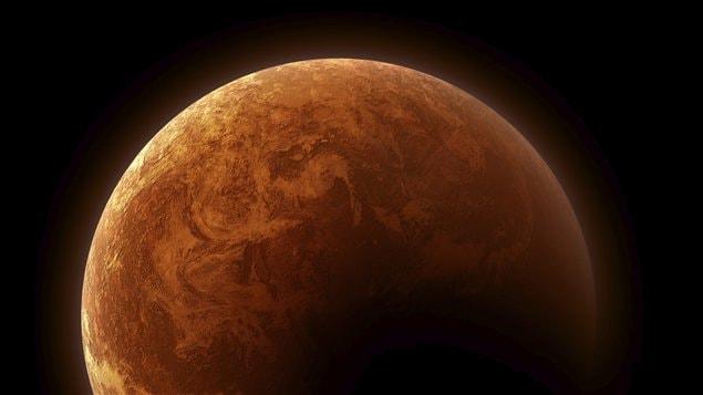 La planète Mars pourrait contenir beaucoup d'eau utile à la survie des humains.