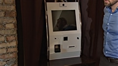 Voici à quoi ressemble le premier distributeur de bitcoins à Ottawa.