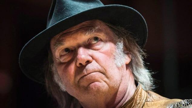 Le chanteur Neil Young