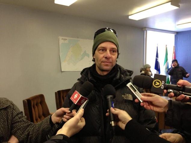 Martin Deslaurier raconte comment sa grand-mère a perdu la vie dans l'incendie.