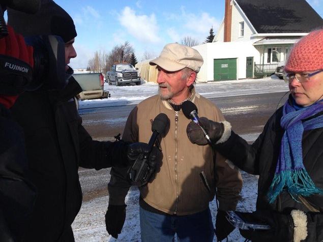 Robert Bérubé, un homme de Laval, est arrivé jeudi matin à L'Isle-Verte, très inquiet pour sa mère.