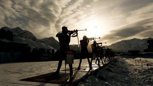 Le biathlon est la compétion olympique qui combine le ski de fond et le tire à la carabine
