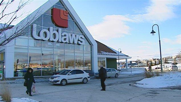 Loblaw peut acheter pharmaprix ici radio for Acheter tv montreal