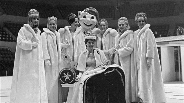 Une reine, des duchesses, le Bonhomme Carnaval. Une autre époque.