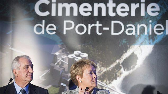 L'homme d'affaires Laurent Beaudoin et la première ministre Pauline Marois