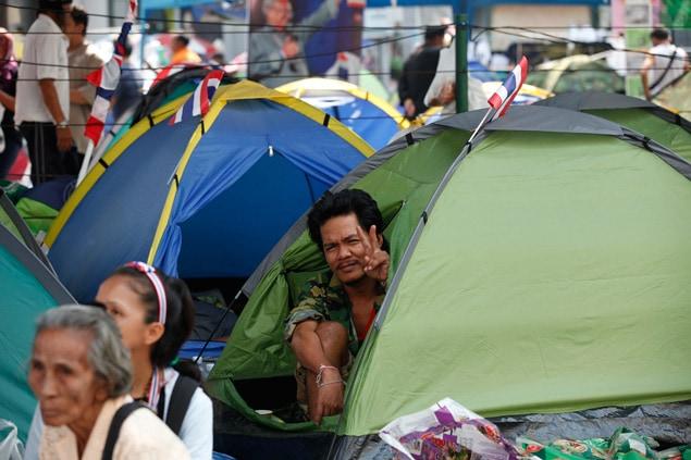 Des centaines d'opposants au régime campent chaque soir dans les rues de la capitale.