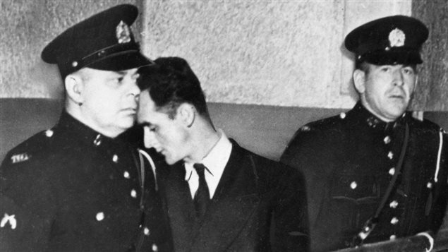 Albert Guay peu de temps après son arrestation en 1949