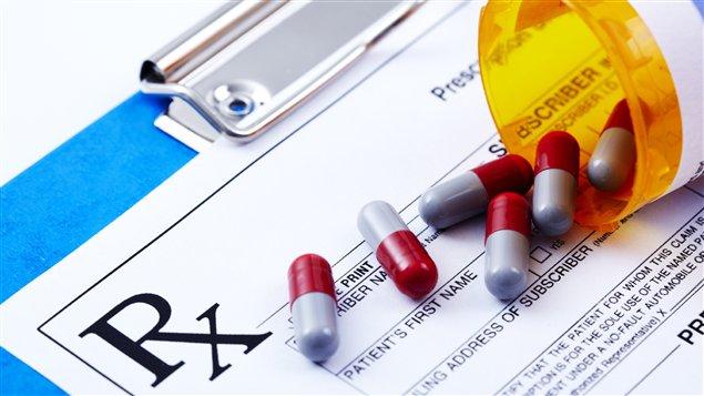Le Canada est maintenant le deuxième consommateur mondial par  personne d'opioïdes sur ordonnance, derrière les États-Unis (Organe international de contrôle des  stupéfiants, 2013). Le taux de consommation des Canadiens a augmenté de 203 % entre 2000 et  2010, ce qui représente une hausse plus marquée que celle des États-Unis.