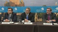 Les maires de Québec et de Montréal et le président de l'UMQ, Érick Forest, ont fait le point sur leurs attentes sur le projet de loi sur les régimes de retraite.