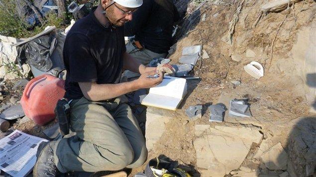 L'équipe de chercheurs qui a découvert le site de fossiles était menée par Jean-Bernard Caron, du Musée royal de l'Ontario.