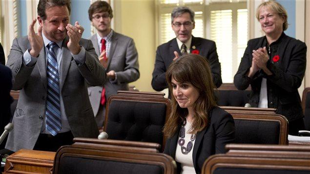 La ministre responsable du projet de loi Mourir dans la dignité, Véronique Hivon, après un vote sur le principe, le 29 octobre 2013.