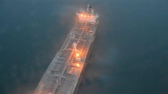 Un pétrolier sur les côte de la Colombie-Briannique.