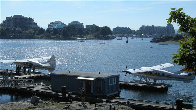 Des hydravions dans le port de Victoria. Cette ville de la côte-ouest seraient la plus vulnérable au séismes et tsunamis au pays.