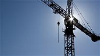 Construire ne coûte pas plus cher au Québec, dit l'ACQ