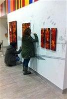 El público de Toronto participó activamente en la exposición artistica de concientización ambiental y social.