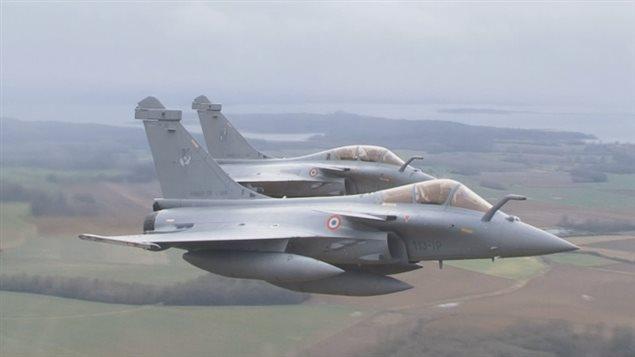 L'avion de chasse Rafale de Dassault.