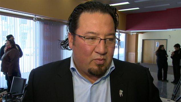 Le grand chef de l'Assemblée des chefs du Manitoba, Derek Nepinak.