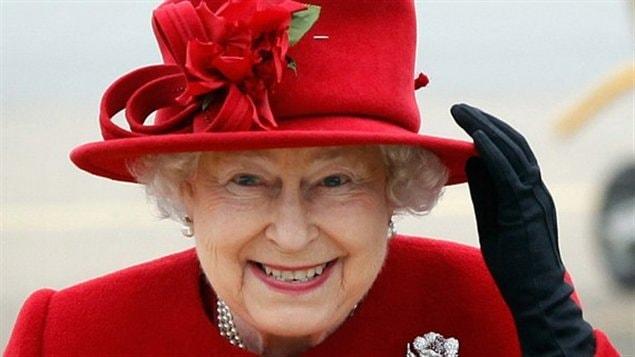 Elizabeth II lors d'une visite au Pays de Galles, le 1er avril 2011.