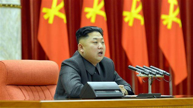 Le leader nord-coréen Kim Jong-un, durant une cérémonie en décembre 2013